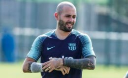 Galatasaray ve Fenerbahçe, başarılı sağ bek Aleix Vidal için düğmeye bastı